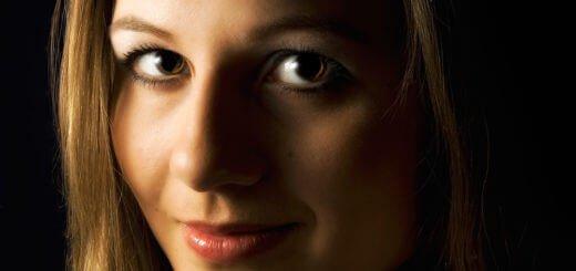 Alex Holzknecht Segui, amber eyes 2.2